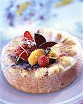 Gâteau avec des fruits frais