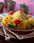 couscous de légumes parfumé de safran avec fruits secs