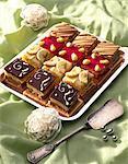 Petit four cakes