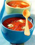 Creamed tomato soup with green pepper and Mozzarella