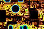 Macrophotograph d'un circuit imprimé sur un matériau souple. Un circuit imprimé se compose de lignes d'un métal conducteur imprimé sur un matériau isolant à base. La forme de lignes en métal un circuit qui relie les composants électroniques et donc constitue un équipement fonctionnel. Les circuits souples, comme celui-ci, sont utilisés où l'espace est limité, comme dans les appareils photo et ordinateurs de poche, mais où des circuits complexes sont