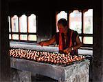 Lampes d'éclairage de beurre au VIIe siècle belle Jampey Lhakhang, près de Jakar dans la vallée de connan.