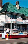 Kiosque de glaces dans Walton-sur-the-Naze, Essex, Royaume-Uni