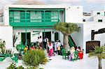 Romeria (pèlerinage) de Nuestra Señora de las Dolores (Lady des volcans). Les gens viennent de toute l'île à pied et apportent des offres de nourriture pour les personnes défavorisées. Lanzarote, îles Canaries