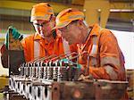 Ingenieur Lehre Lehrling in Fabrik