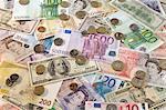 Américaines, britanniques et Euro monnaie de papier