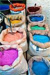 Pigments et épices à vendre, Medina, Tétouan, patrimoine mondial de l'UNESCO, Maroc, Afrique du Nord, Afrique