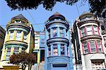 Multicolore peint victorien maisons dans le quartier Haight-Ashbury de San Francisco, Californie, États-Unis d'Amérique, l'Amérique du Nord