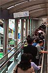 Mid-Levels Escalators, le plus long système d'escalator couvert en plein air au monde à 800 mètres, reliant les Mid-Levels avec l'Asie centrale, l'île de Hong Kong, Hong Kong, Chine,