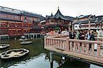 The zigzag Bridge of Nine Turnings, Yu Yuan (Yuyuan) Bazaar, Shanghai, China, Asia