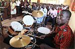 Messe catholique dans une église africaine, Lomé, Togo, Afrique de l'Ouest, Afrique