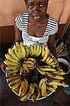 Verkauf von Bananen, Lome, Togo, Westafrika, Afrika Mädchen