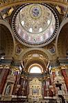 Intérieur et le dôme, la basilique Saint-Étienne (Szent Istvan Bazilika), patrimoine mondial de l'UNESCO, Budapest, Hongrie, Europe