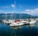 Port de plaisance sur le Lac Du Bourget, Aix les Bains, Rhone Alpes, France, Europe