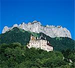 Château de Menthon, Menthon Saint Bernard, près d'Annecy, lac d'Annecy, Rhone Alpes, France, Europe