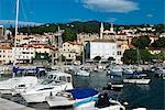 Vue sur le port, Volosko (près de Opatija), Adriatique, golfe de Kvarner, Croatie, Europe
