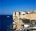 Haute Ville am Rand der Klippe, Bonifacio, Südkorsika, Korsika, Frankreich, Mediterranean, Europa