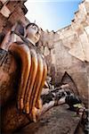 Bouddha au Wat Si Chum, le Royaume de Sukhothai, Sukhothai, Thaïlande