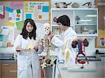 Squelette d'étudiants en biologie