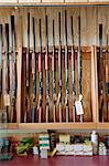 Fusils exposés dans l'armurerie