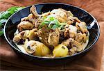 Ragoût de poulet aux champignons et à l'estragon