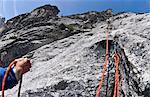 Kletterer sichern Felsen Wand, Mount Berge, Cascade Range, Washington, USA