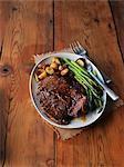 Côtelette de veau aux asperges et pommes de terre