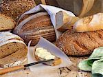 Eine Anordnung von Brot