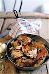 Fried pintade au romarin et sauge