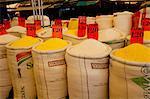 Décrochage de la farine en Ver p Peso marché, Belem, Amazonie, Brésil, Amérique du Sud