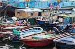Bateaux de pêche d'amarrage à Cheung Chau, Hong Kong
