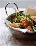 Beignets de légumes à saveur de cari et épeautre