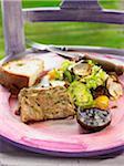 Terrine de lapin aux cèpes, foie gras, noix de pin et fines herbes