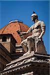 Statue de Giovanni dalle Bande Nere à Piazza San Lorenzo, Florence, Italie