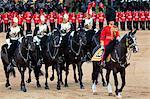 Soldats à la parade de la couleur 2012, le défilé de l'anniversaire du Queen, Horse Guards, Whitehall, Londres, Royaume-Uni, Europe