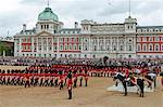 Soldats à la parade de la couleur 2012, le défilé de l'anniversaire de la Reine, Horse Guards, Londres, Royaume-Uni, Europe