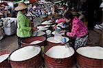 Étal de riz par jour nourriture marché, Augban, Sud État Shan, Myanmar (Birmanie), Asie