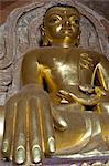 Seated Buddha, Htilominlo Pahto, Bagan (Pagan), Myanmar (Burma), Asia