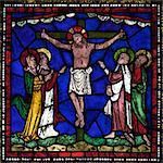 Les vitraux médiévaux de la Crucifixion, East End, fenêtre de rédemption de Corona, Corona I, cathédrale de Canterbury, patrimoine mondial de l'UNESCO, Canterbury, Kent, Angleterre, Royaume-Uni, Europe