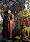 Ananda, Lieblings Schüler Buddhas, Höhle der göttliche König, Dambulla Höhlentempel, UNESCO World Heritage Site Sri Lanka, Asien