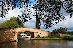 Pont sur le Canal du Midi, patrimoine mondial UNESCO, Aude, Languedoc Roussillon, France, Europe