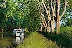 Schifffahrt auf dem Canal du Midi zwischen Carcassone und Beziers, UNESCO Weltkulturerbe, Aude, Languedoc-Roussillon, Frankreich, Europa