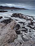 La vue depuis la baie de Tarskavaig, île de Skye, en Ecosse