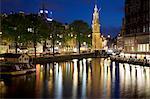 Munttoren et canal au crépuscule, Amsterdam, Hollande, Europe