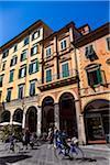 Scène de rue, Pise, Toscane, Italie
