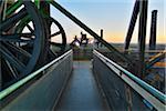Landschaftspark Duisburg-Nord à l'aube, Meiderich Hütte, Duisbourg, bassin de la Ruhr, Rhénanie du Nord-Westphalie, Allemagne