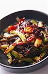 Haricots frits à l'ail et les piments (Chine)