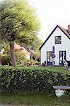 Hinterhof Blick auf Einfamilienhaus
