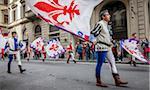 Fahne, Träger, Scoppio del Carro, Explosion des Festivals Cart, Ostersonntag, Florenz, Provinz Florenz, Toskana, Italien