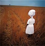 Femme transportant blanchisserie Afrique du Sud